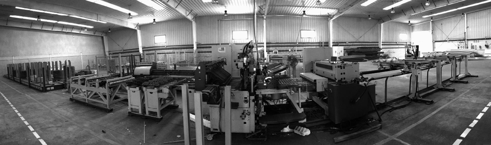 Baupanel® System, Fábrica en Antequera, Málaga. Maquinaria de producción de Baupanel System