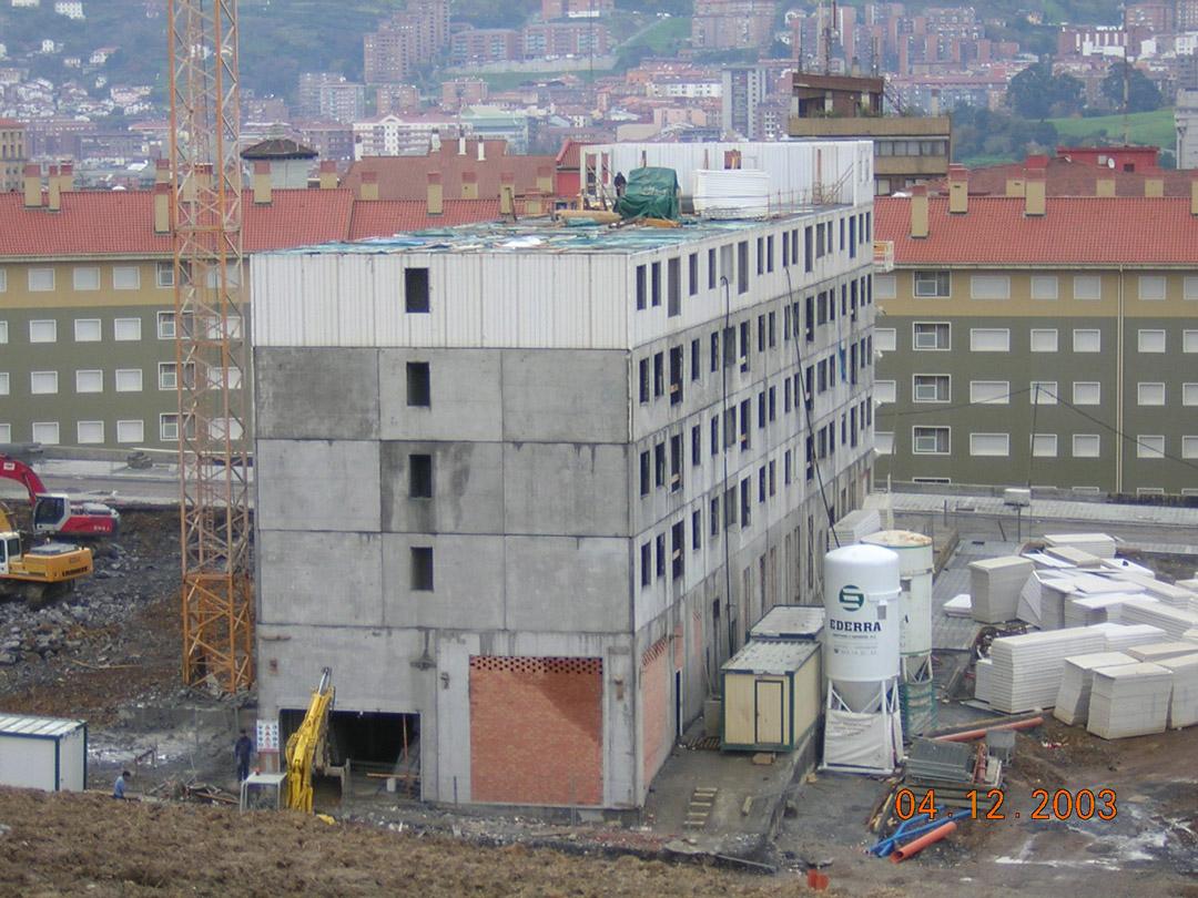 Bilbao, Mirilla. Edificio construido con el sistema de construcción Baupanel 05