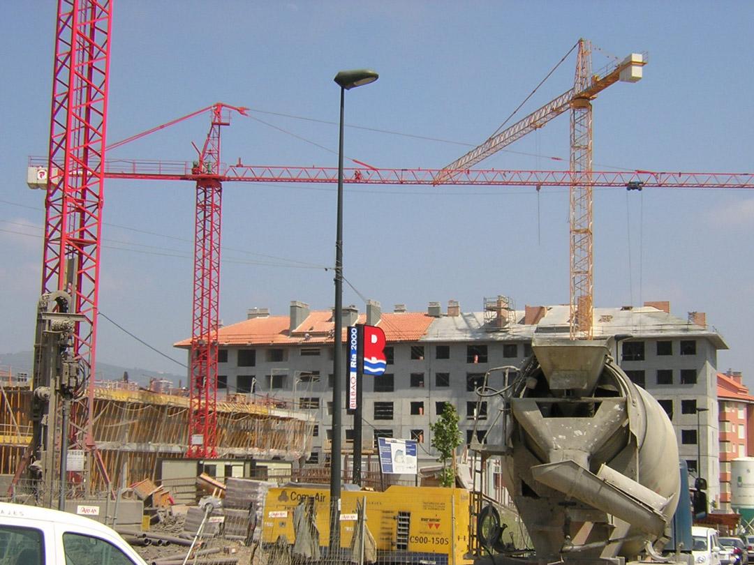 Bilbao, Mirilla. Edificio construido con el sistema de construcción Baupanel 09
