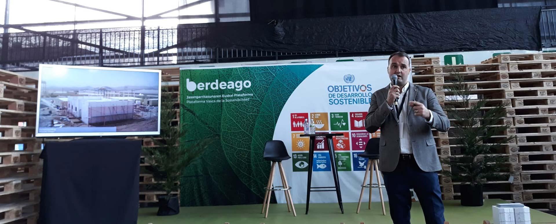 Fernando Lozano, en la presentación de Baupanel® System